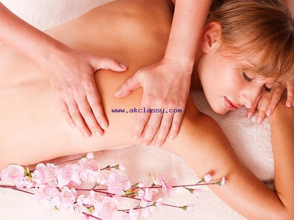 Full Body to Body Massage Spa in Rangpuri near IGI Airport Delhi