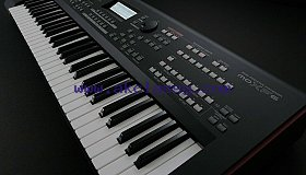 Yamaha Moxf6 61-Key Keyboard Synthesizer Motif