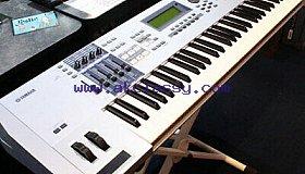 Yamaha motif Xs8 88 keyboard