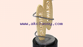 Crystal_Corporate_Award-trophy_Dubai_grid.jpg