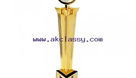 Crystal_Sports_Trophies_Manufacturer_In_Dubai_grid.jpg