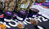 Top quality medical marijuana for sale WhatsApp +1 260 209 4973
