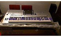 Yamaha Tyros 5 61 Key Arranger Workstation Keyboard