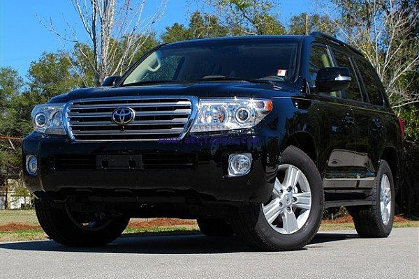 Urgent Selling 2013 Toyota Land Cruiser 4DR car