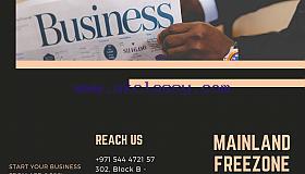 Minimalist_Black_Corporate_Trifold_Brochure_grid.png